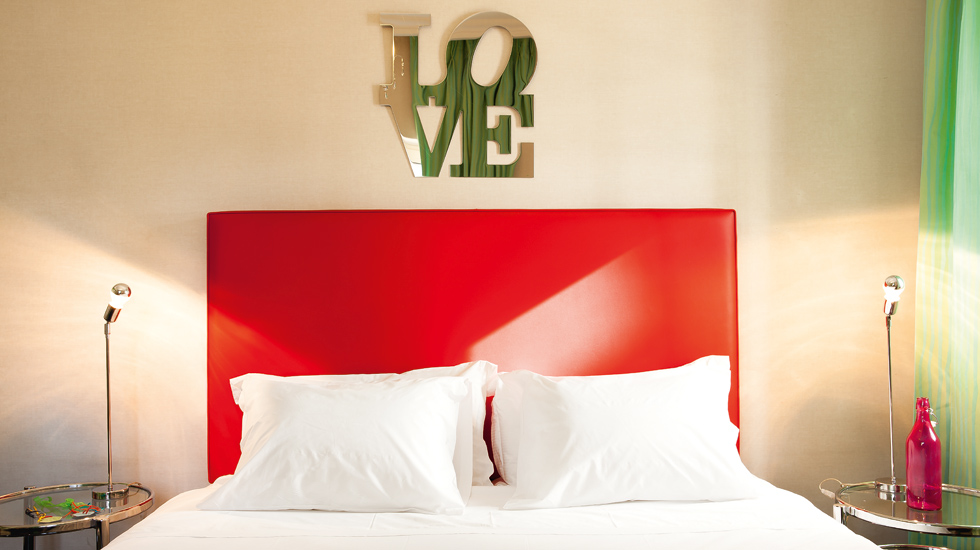 Graffiti Art Guestrooms in Athens | Pallas Athena Grecotel Boutique Hotel