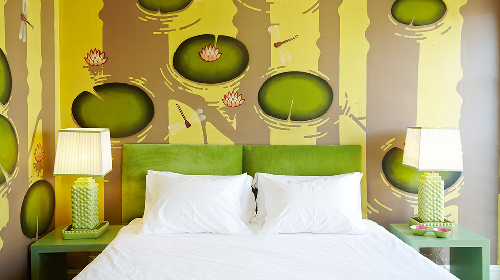 Pallas Athena Graffiti Guestrooms