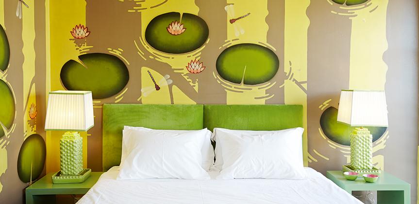 01-pallas-athena-grecotel-premium-graffiti-guestrooms