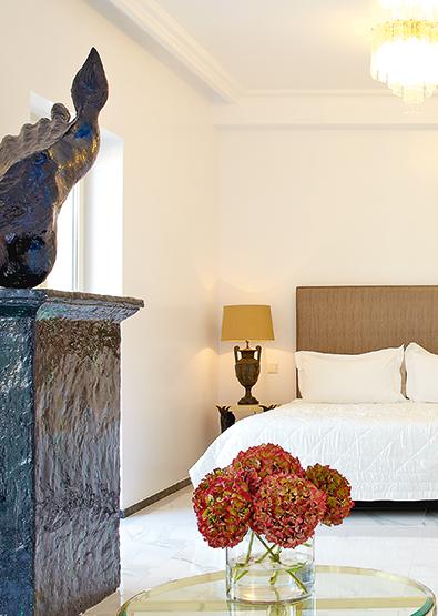 pallas-athena-grecotel-loft-suites-m-loft-suite