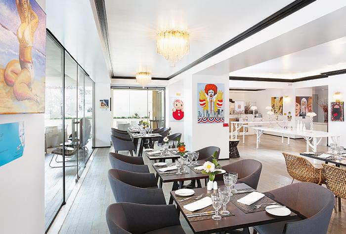 pallas-athena-fine-dining-art-restaurant